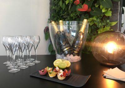 Cocktail dînatoire champagne et mignardises chez Cantine Urbaine à Saint-Malo